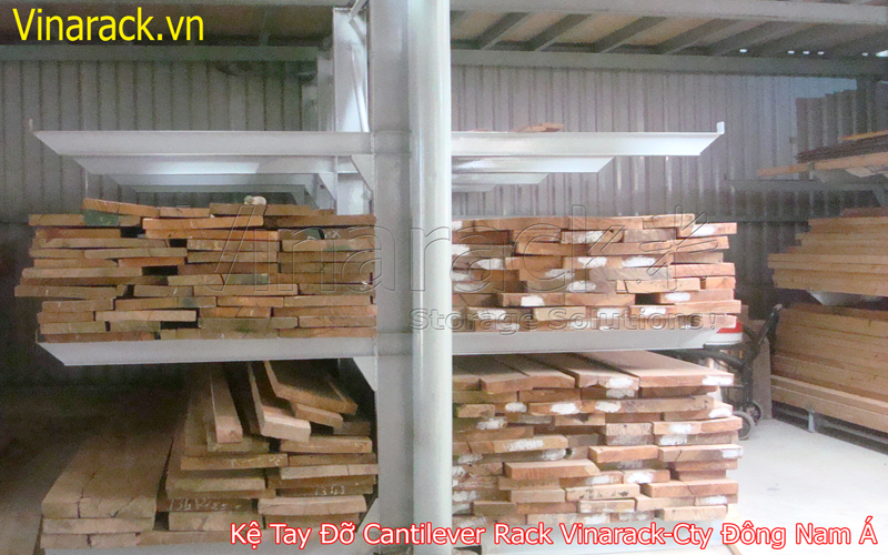 Cantilever rack containing wood medium duty